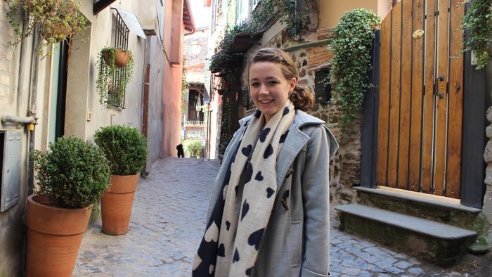 Dall'Australia all'Università di Pavia: l'esperienza di Talia Walker