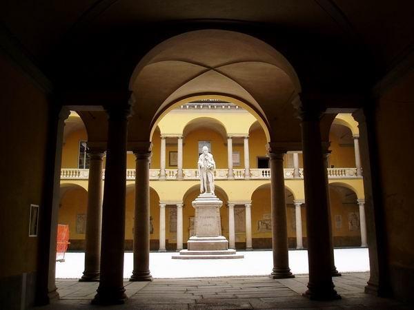 Alessandro Volta raccontato dal Prof. Fregonese e dal Prof. Mazzarello a Rai Italia