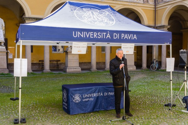 "La ""primavera"" all'Università di Pavia - Speakers' Corner (video)"