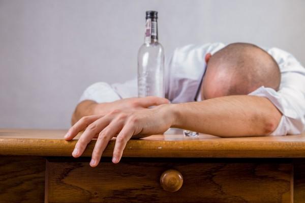 Corso di Sensibilizzazione all'approccio Ecologico-Sociale ai problemi alcolcorrelati e complessi