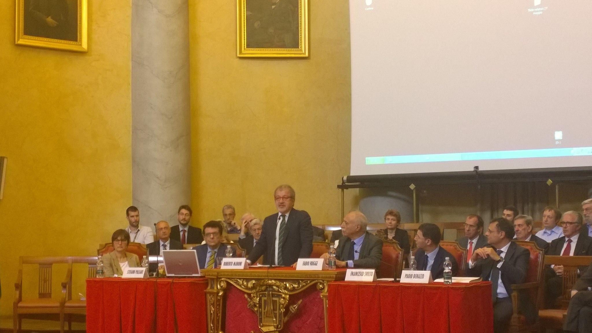 vari stili accogliente fresco design innovativo Maroni: vogliamo aderire a convenzione con Università di ...