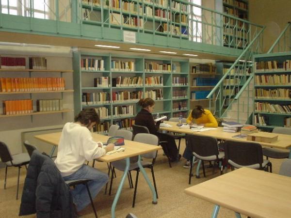 22 marzo – Biblioteche: istruzioni per l'uso