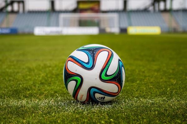 1 aprile – Partita di calcio benefica