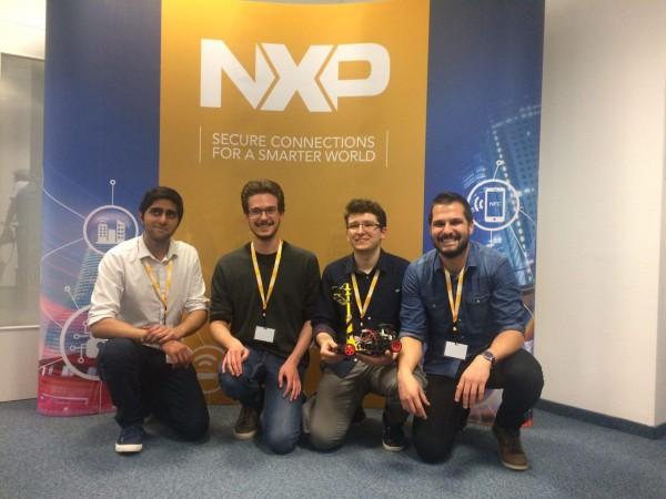 Il team dell'Università di Pavia nella top10 della NXP Cup per la guida autonoma