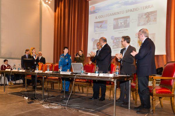 Apertura due posizioni per ricercatori post-doc presso lo European Astronaut Centre