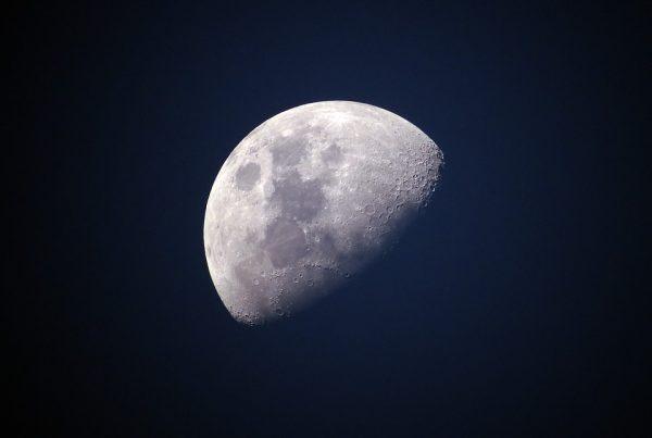 17 maggio - L'esplorazione della Luna: la più grande avventura della storia