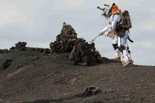 18 ottobre – Meteoriti, crateri da impatto e tunnel di lava