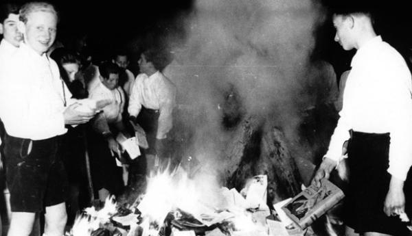 8 aprile - Là dove si bruciano i libri
