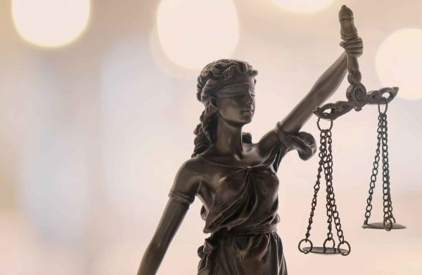 Bando Scuola di Specializzazione per le Professioni legali dell'Università di Pavia e dell'Università Bocconi
