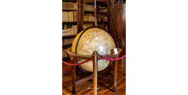 Una mecenate restaura il Globo del Salone Teresiano