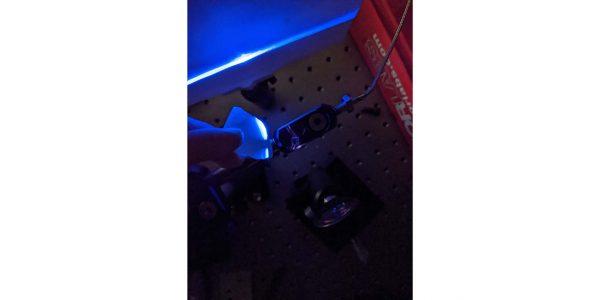 Supercristalli ferroelettrici per dispositivi ottici ad altissima efficienza