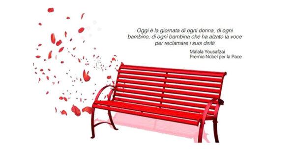 Giornata internazionale contro la violenza sulle donne: Unipv inaugura una panchina rossa nel Cortile delle Statue