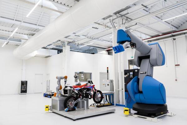 Industria 4.0: MADE Competence Center presenta la propria Fabbrica Digitale e Sostenibile di 2.500 mq