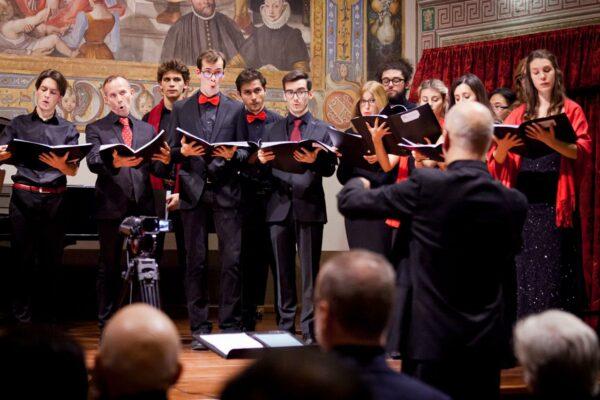 23 dicembre - Christmas Carols al Borromeo con il Coro del Collegio diretto da Berrini