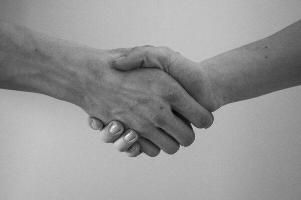 Unipv e Emergenza Sorrisi: un accordo quadro dedicato alla cooperazione internazionale